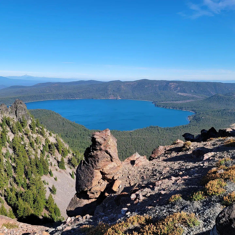 Paulina Lake from Paulina Peak Overlook Plus Paulina Loop Trail